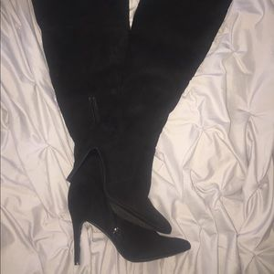 Black Thigh High Heeled Boots